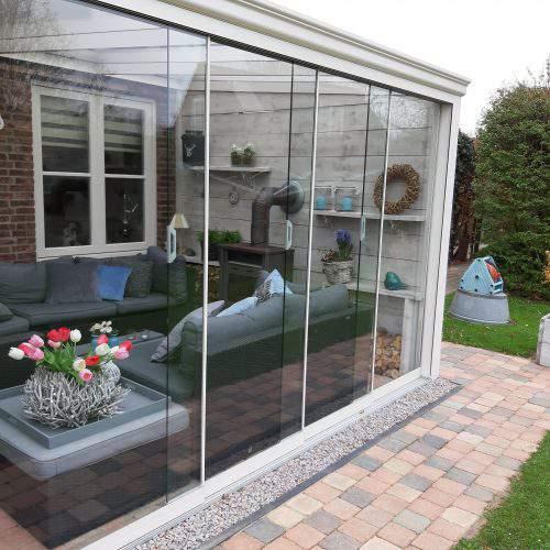 2-rail glazen schuifwand crèmewit van 196cm breed en een totale hoogte van 230cm